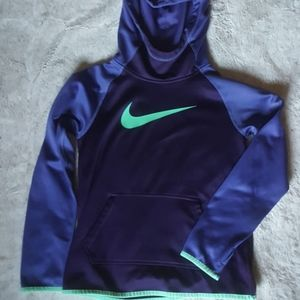 Nike dri fit hoodie sweatshirt. Kids size Medium.
